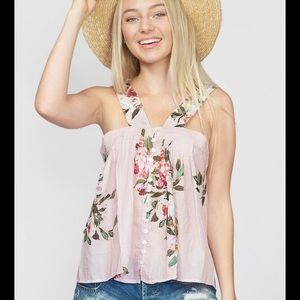 NWT McGuire Harper top in summer house size m